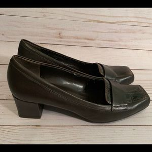 Franco Sarto Brown Leather Heels.